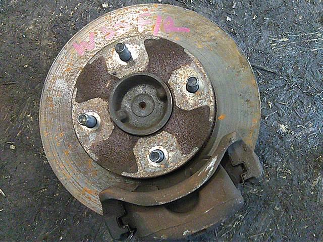 Кулак поворотный правый в сборе со ступицей, диск, суппорт, 2WD  400145C000_BU