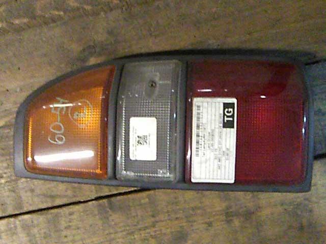 Фонарь задний правый (Б/У) для TOYOTA LAND CRUISER PRADO 90 1996-1999