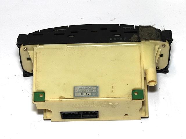 Блок управления климат-контролем (кондиционером) (дефект) (Б/У) для MITSUBISHI CARISMA DA 1995-1998