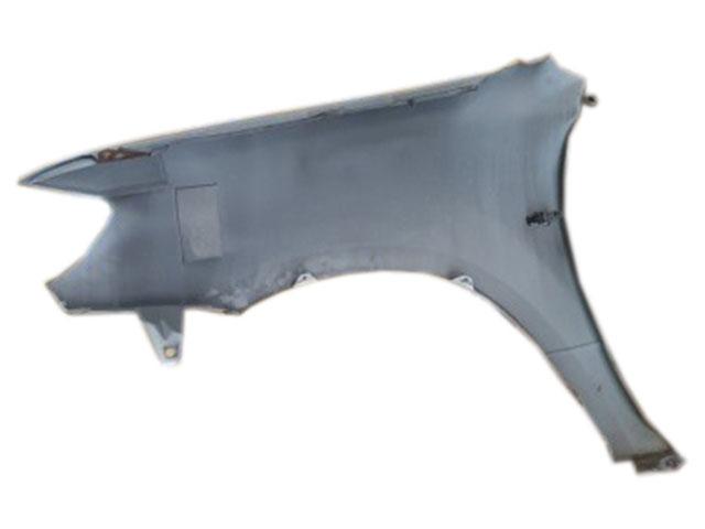 Крыло переднее правое серебро в сборе с повторителем (Б/У) для MITSUBISHI OUTLANDER / AIRTREK OUTLANDER CU 2003-2007 / AIRTREK