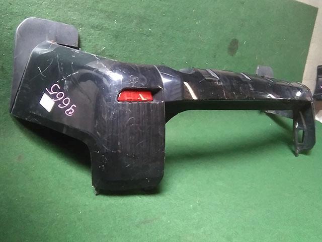 Бампер задний черный с катафотами и брызговиками (царапины) (Б/У) для MITSUBISHI DELICA D:5 V CV 2007-н.в.