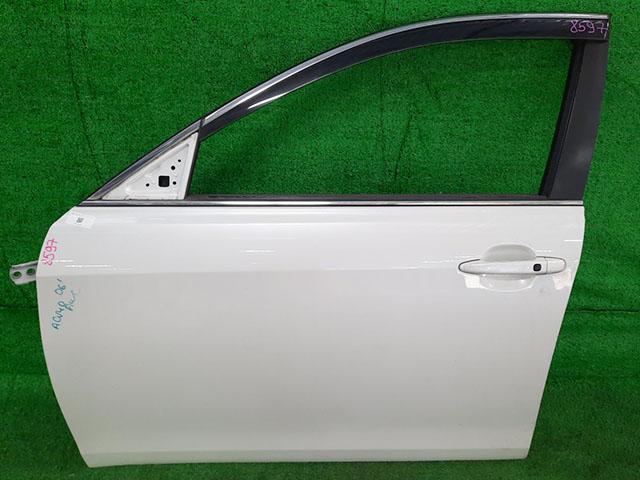 Дверь передняя левая белая в сборе (Б/У) для TOYOTA CAMRY XV40 2006-2011
