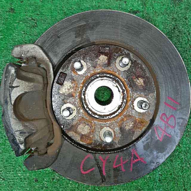 Кулак поворотный левый в сборе со ступицей, диск, суппорт 2WD (Б/У) для MITSUBISHI LANCER X