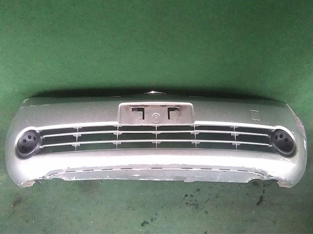 Бампер передний серый в сборе с заглушками ПТФ (Б/У) для NISSAN NOTE E11 2005-2009