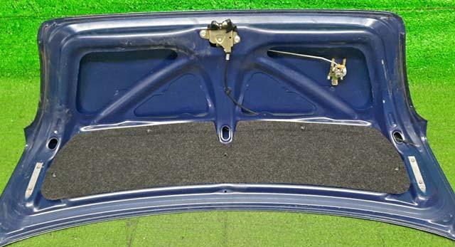 Крышка багажника синяя в сборе с замком  6440152010_1BU