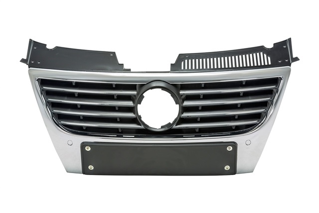 Решетка радиатора с отв. под парктроник Уценка 30% (дефект хрома) (уценка) для VOLKSWAGEN PASSAT B6 2005-2010