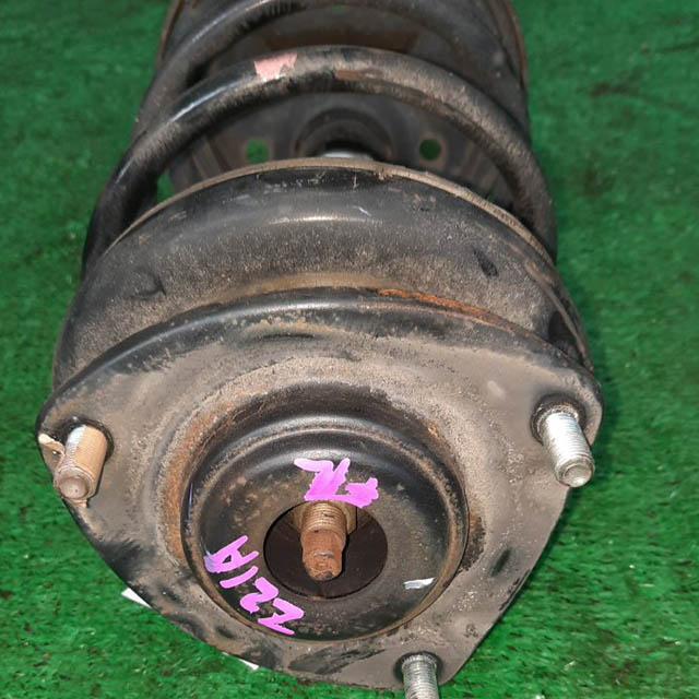 Амортизатор подвески передний левый=правый в сборе 2WD (Б/У) для MITSUBISHI COLT
