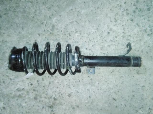 Амортизатор подвески передний правый в сборе 2WD (Б/У) для MAZDA DEMIO DY 2002-2007