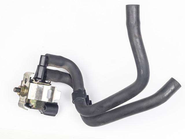 Клапан вакуумный  MR420687_BU