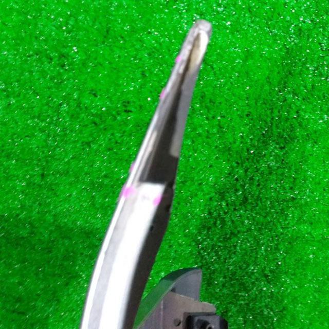 Бампер передний серебро в сборе с решеткой радиатора, нижними решетками и губой (лом крепления, отверстие парктроников) (Б/У) для TOYOTA AVENSIS T250 2003-2008