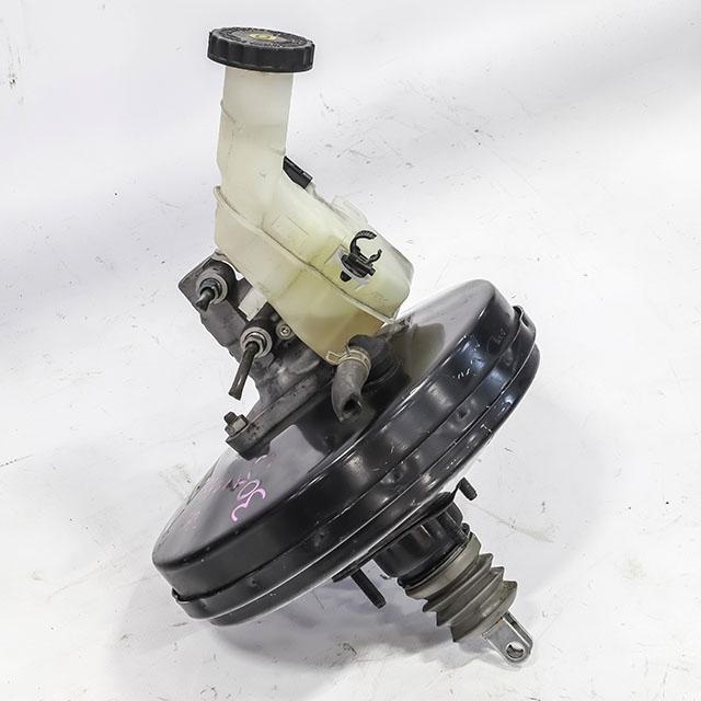 Цилиндр тормозной главный в сборе с вакуумным усилителем  4625A171_6BU