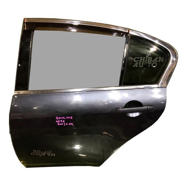Дверь задняя левая серая в сборе (Б/У) для NISSAN SKYLINE V36 2006-2009