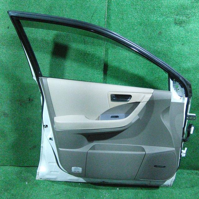 Дверь передняя левая белая в сборе (Б/У) для NISSAN MURANO Z50 2003-2008