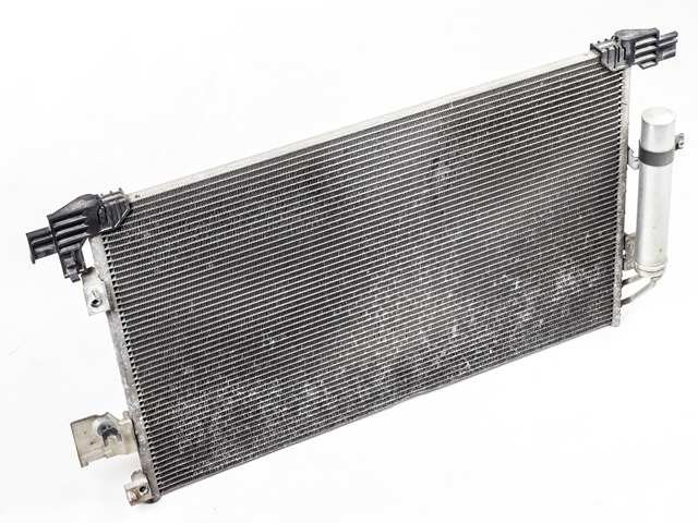 Радиатор кондиционера  7812A030_1BU