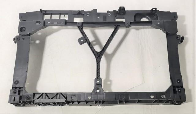 Суппорт радиатора (передняя панель/телевизор) (уценка) для MAZDA 3