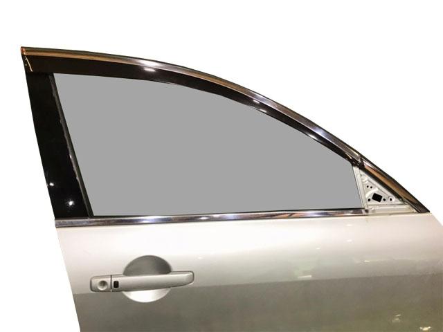 Дверь передняя правая серебро в сборе (вмятина, царапины) (Б/У) для NISSAN SKYLINE V36 2006-2009
