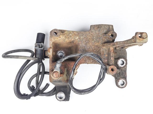 Кронштейн компрессора кондиционера МКПП (Б/У) для TOYOTA DYNA VI U100 / U200 1995-2002