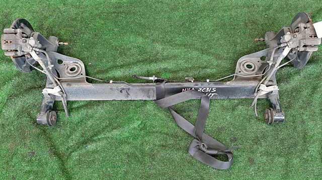 Балка (подрамник) задняя в сборе со ступицами, суппорта 2WD АКПП (датчики ABS обрезаны) (Б/У) для SUZUKI SWIFT MZ / EZ 2004-2010