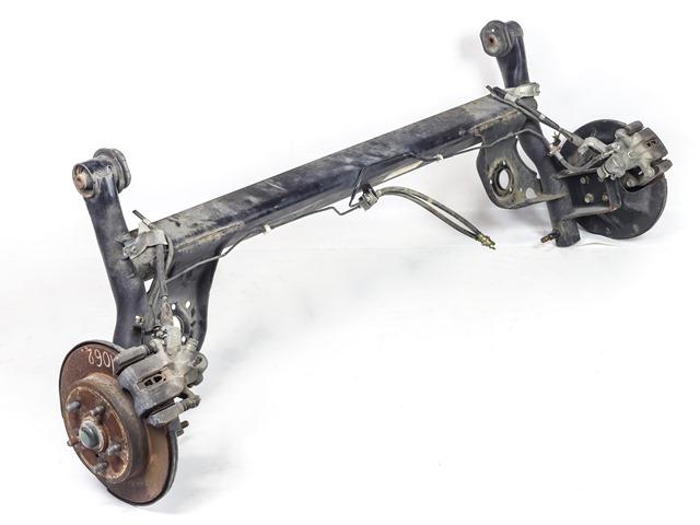 Балка (подрамник) задняя в сборе со ступицами, суппорта, троса 2WD (Б/У) для SUZUKI SWIFT MZ / EZ 2004-2010
