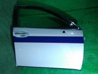 Дверь передняя правая белая в сборе TOYOTA CROWN S200 2008-2012