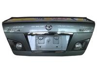 Крышка багажника серая в сборе с фонарями, спойлером и камерой INFINITI M