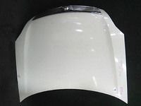 Капот белый в сборе с шумоизоляцией и решеткой радиатора (замят уголок) NISSAN TEANA J31 2003,2004,2005