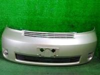 Бампер передний зеленый в сборе с ПТФ и решетками (царапины, лом крепления) TOYOTA PORTE NP10 2004-2012