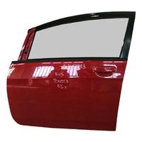 Дверь передняя левая красная в сборе с петлами (царапины) MITSUBISHI I HA1W