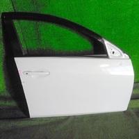 Дверь передняя правая белая в сборе MAZDA AXELA BK 2003,2004,2005,2006,2007,2008,2009