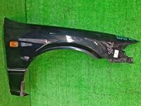 Крыло переднее правое черное в сборе с молдингом, повторителем TOYOTA CAMRY XV20 1996-2001