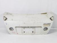 Крышка багажника белая с отверстиями под спойлер TOYOTA ALTEZZA GITA XE10 1998-2005
