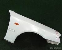 Крыло переднее правое белое с повторителем, с молдингом NISSAN CEDRIC X Y34 1999,2000,2001,2002,2003,2004