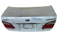 Крышка багажника белая в сборе фонари, вставка, замок NISSAN MAXIMA / CEFIRO MAXIMA V / CEFIRO A33 1999,2000,2001,2002,2003,2004,2005,2006