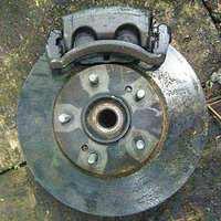 Кулак поворотный правый в сборе со ступицей, диск, суппорт 4WD NISSAN AVENIR II W11 1998-2005