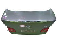 Крышка багажника серая в сборе с фонарями (царапины) INFINITI G IV V36 2007,2008,2009,2010,2011,2012,2013,2014