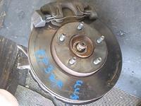 Кулак поворотный правый в сборе ступица, суппорт, диск тормозной 4WD FORD ESCAPE 2000,2001,2002,2003,2004,2005,2006