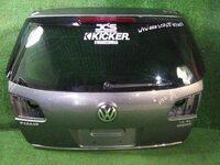 Крышка багажника серая в сборе со стеклом VOLKSWAGEN PASSAT B6 2005,2006,2007,2008,2009,2010