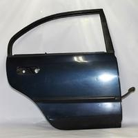 Дверь задняя правая синяя MITSUBISHI CARISMA DA 1999,2000,2001,2002,2003