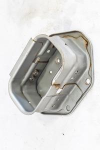 Кронштейн усилителя переднего бампера (домик) правый NISSAN EXPERT