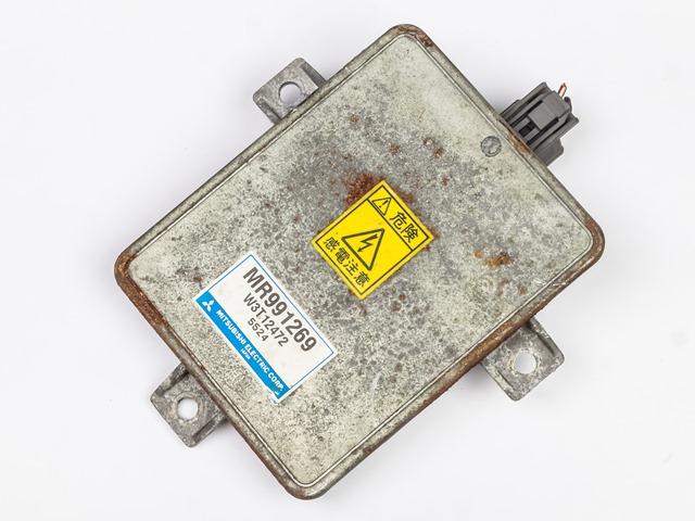 Блок розжига ксенон D2R/D2S W3T12472 (хорошее состояние) (Б/У) для MITSUBISHI GRANDIS