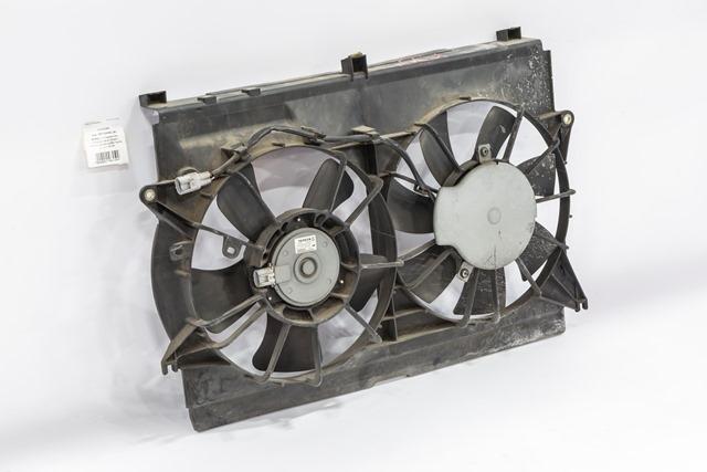 Диффузор радиатора охлаждения в сборе с моторами (Б/У) для TOYOTA AVENSIS T250 2003-2006