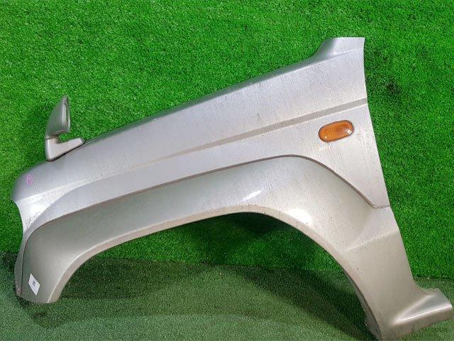 Крыло переднее левое серебро с повторителем, с расширителем, с зеркалом (Б/У) для MITSUBISHI PAJERO MINI / JUNIOR H51 / H56 1994-1998