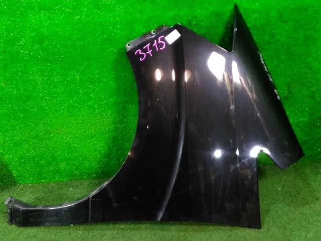 Крыло переднее левое белое (Б/У) для TOYOTA ALPHARD H10 2002-2008