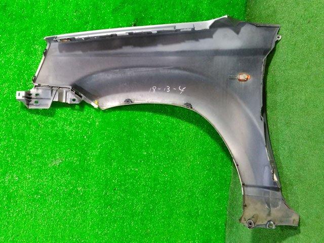 Крыло переднее правое серебро с повторителем (лом крепления) (Б/У) для NISSAN X-TRAIL T30 2000-2007
