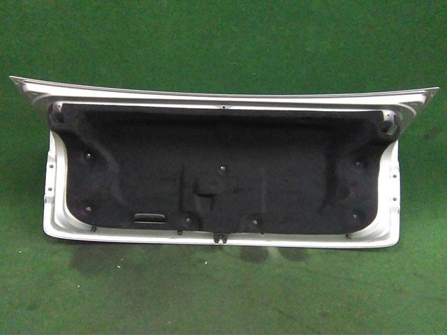 Крышка багажника серая в сборе с фонарями (Б/У) для LEXUS IS II 250/350 XE20 2005-2013
