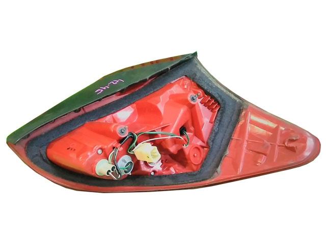 Фонарь задний правый (Б/У) для TOYOTA RAV4 XA30 2006-2012