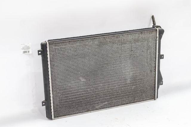 Радиатор охлаждения (Б/У) для VOLKSWAGEN TOURAN I 1T1 / 1T2 2003-2010