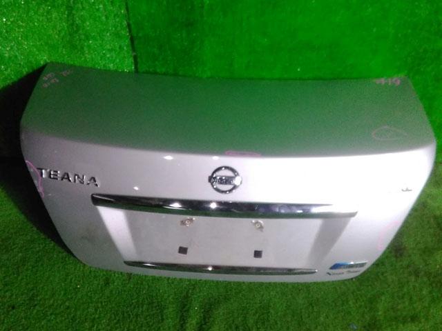Крышка багажника серебро в сборе с камерой (Б/У) для NISSAN TEANA J32 2008-2011