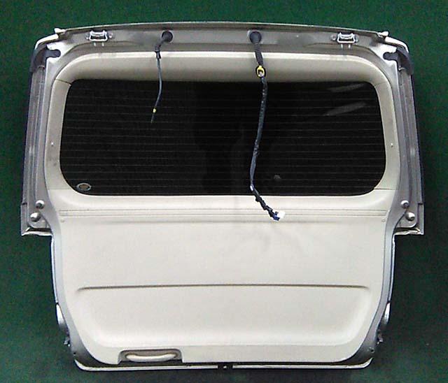 Крышка багажника золото в сборе со стеклом, со спойлером, с фонарями, с камерой (потертости) (Б/У) для TOYOTA ALPHARD H10 2002-2008