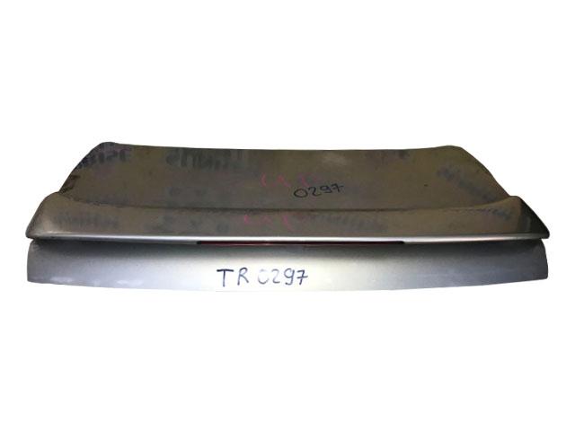 Крышка багажника серая со спойлером  644011A580_BU